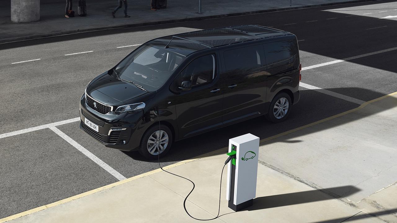 Peugeot e-Traveller – 15