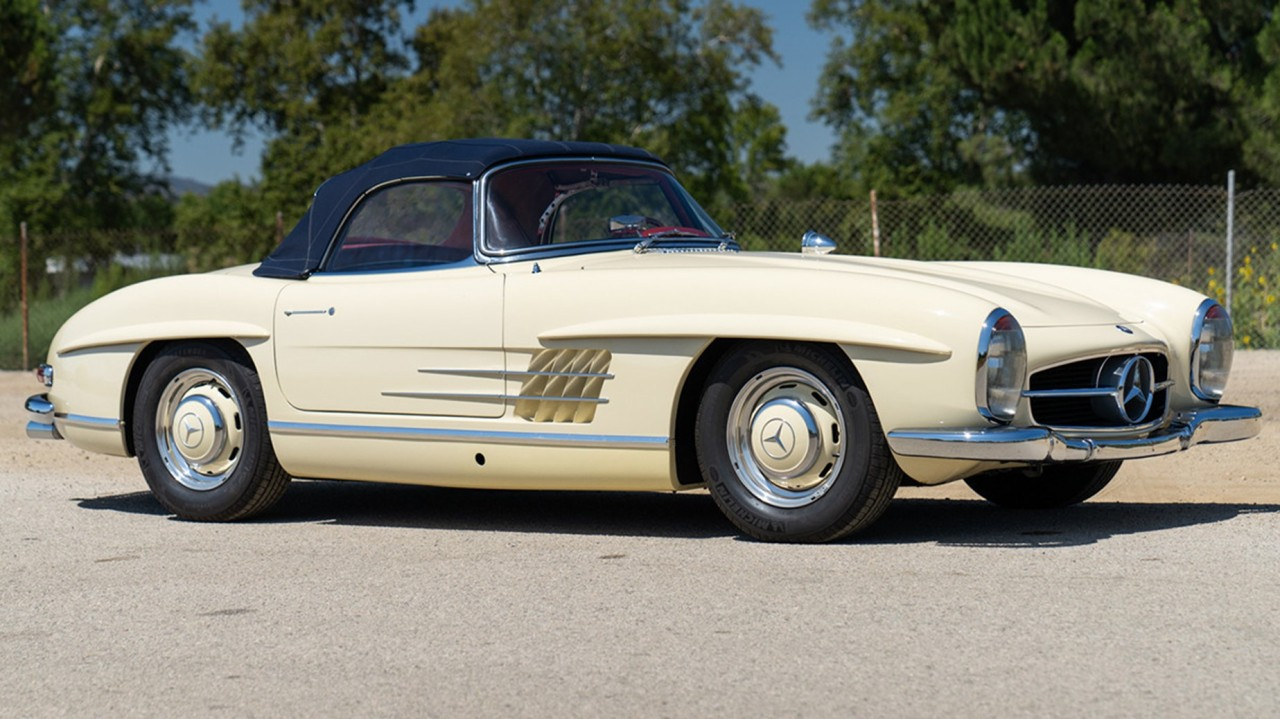 1961 Mercedes-Benz 300 SL Roadster (2)