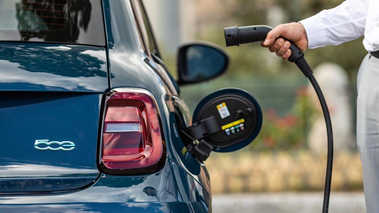 Fiat 500 electrico La Prima 2020 detalle – 3