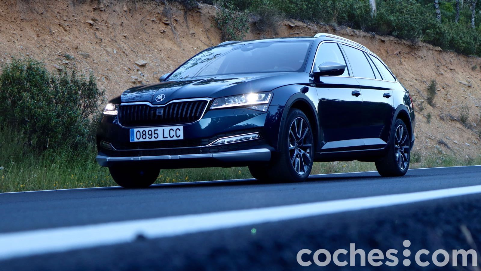 Skoda Superb Scout – 13