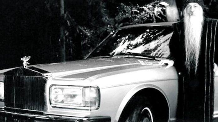 Uno de los 93 Rolls-Royce de Osho