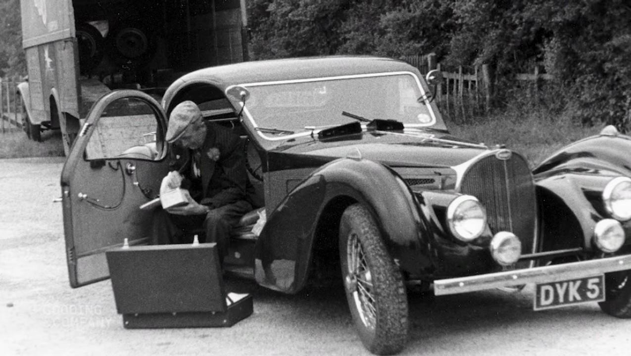 1937 Bugatti Type 57S Atalante (10)