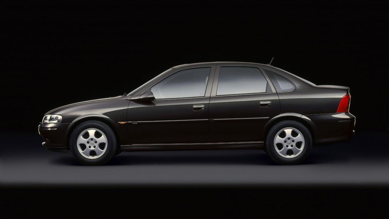 Opel Vectra B (1995-2002) (8)