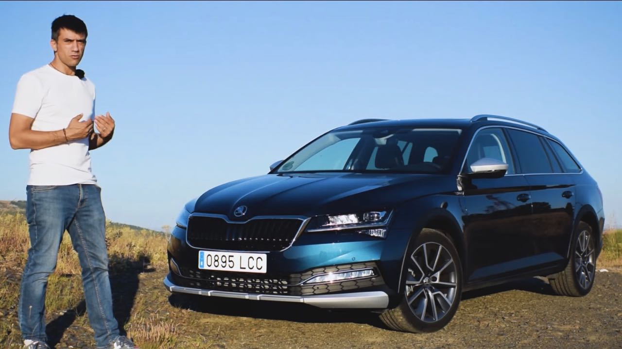 Skoda Superb Scout video