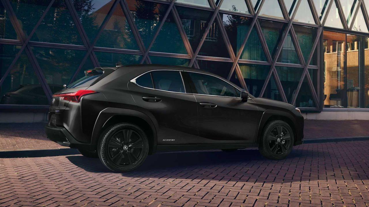 Lexus UX Black Line 2021 – 1