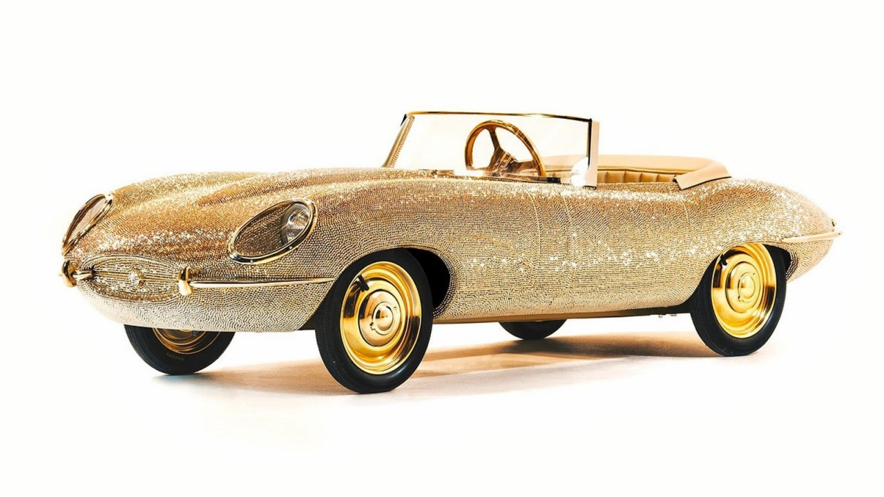 Jaguar E-Type Half Scale Cars Swarovski (4)