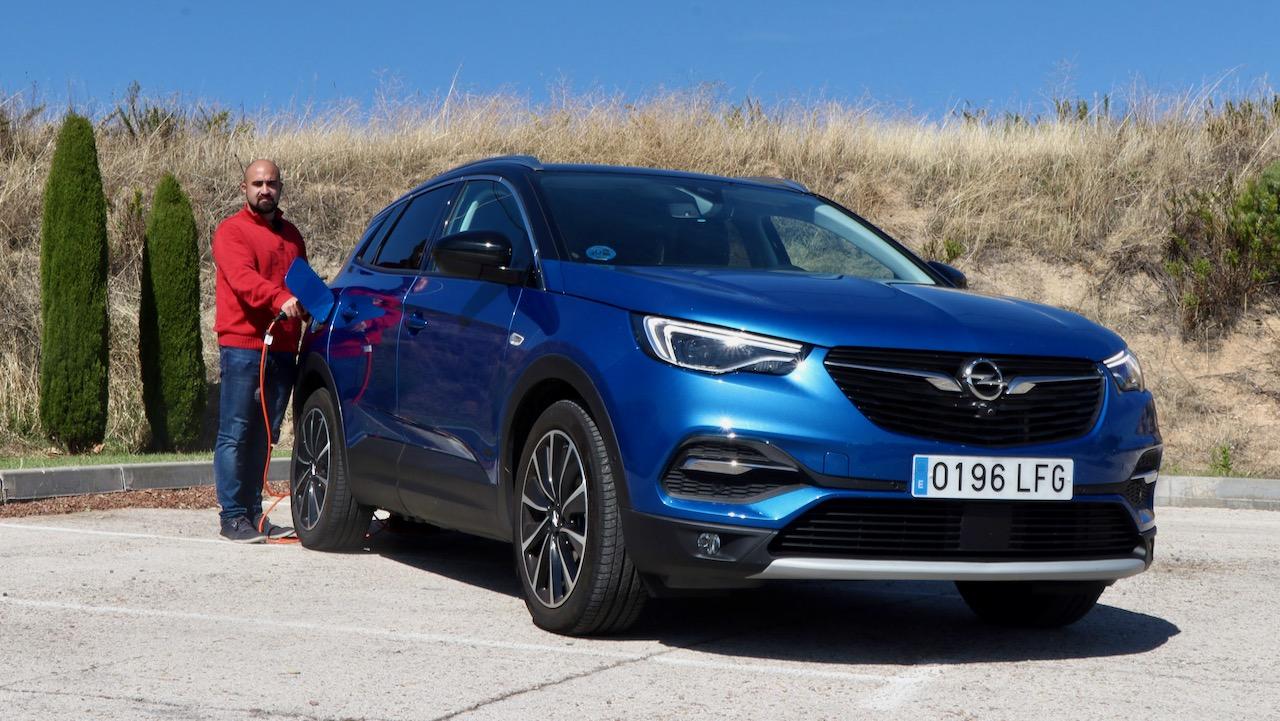 Opel Grandland X Hybrid4 portada – 1