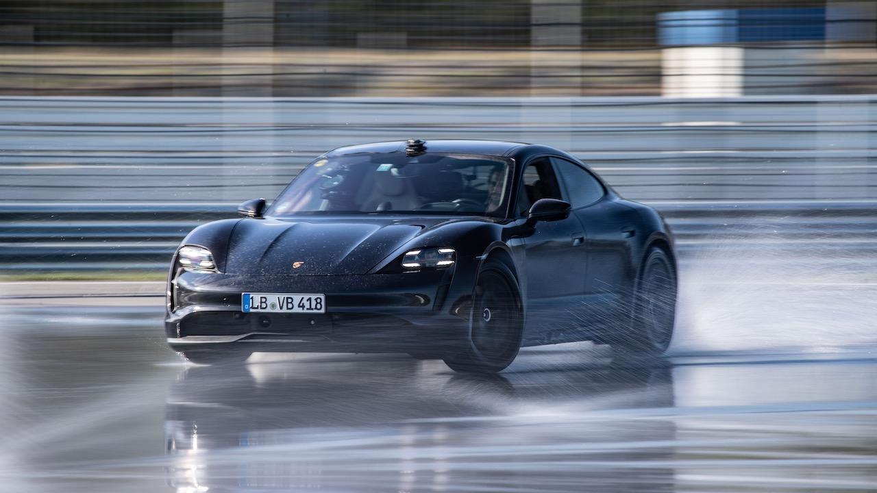 Porsche Taycan record drift – 18