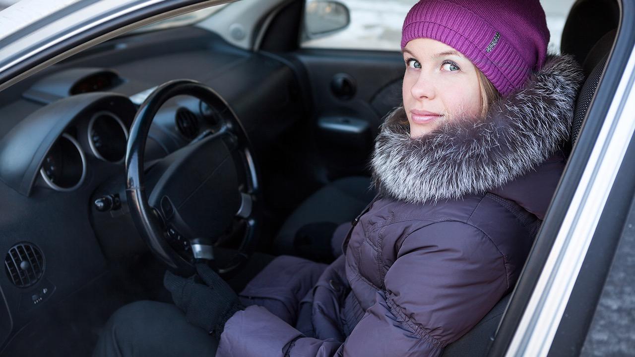 conducir abrigo puesto – 1