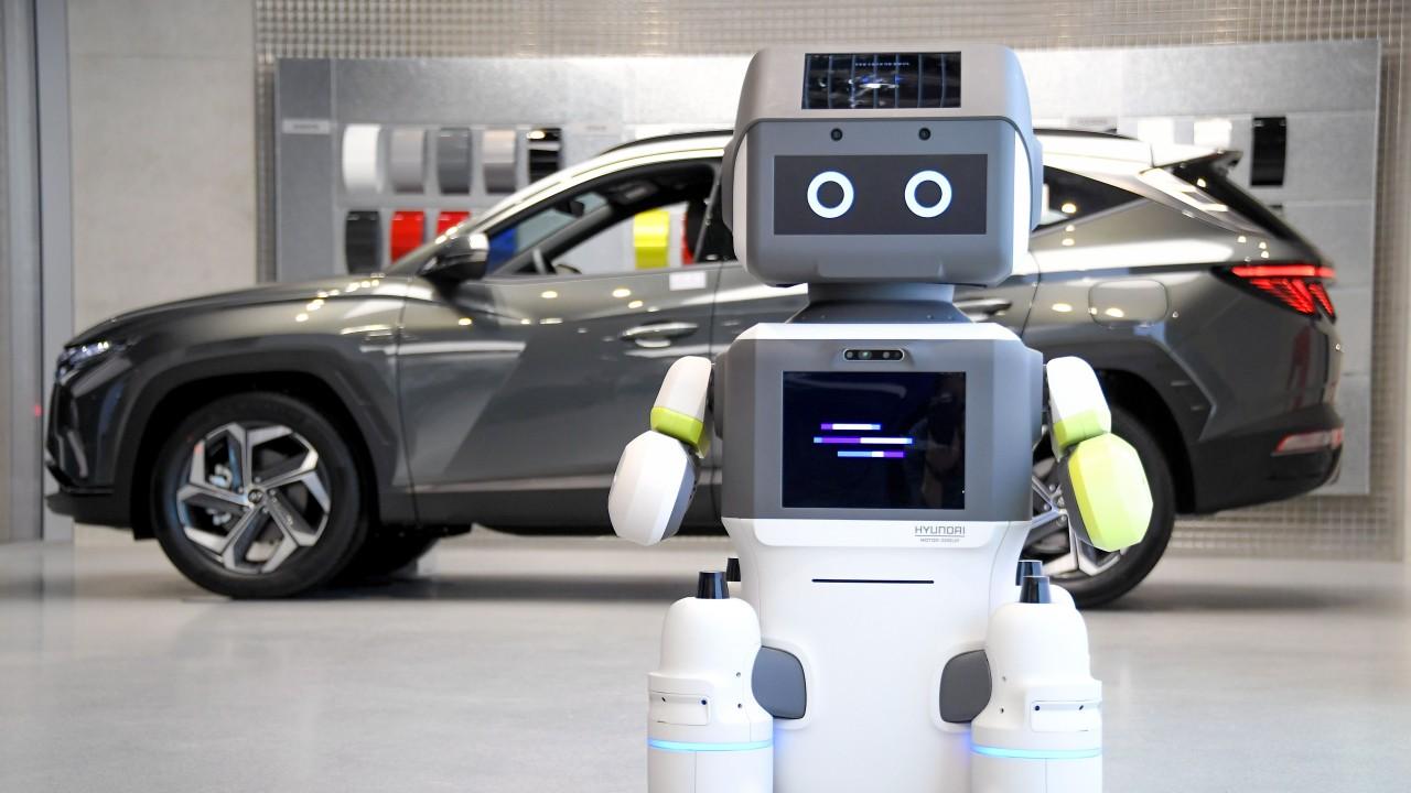 Hyundai DAL-e Robot (1)
