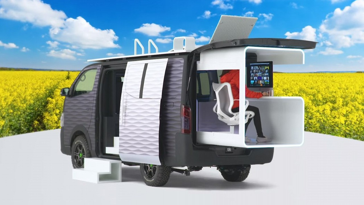 Nissan NV350 Office Pod Concept (10)