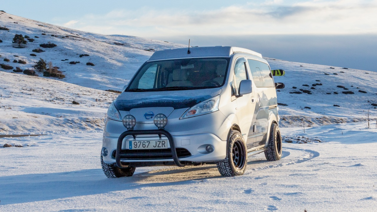 Nissan e-NV200 Winter Camper – 11