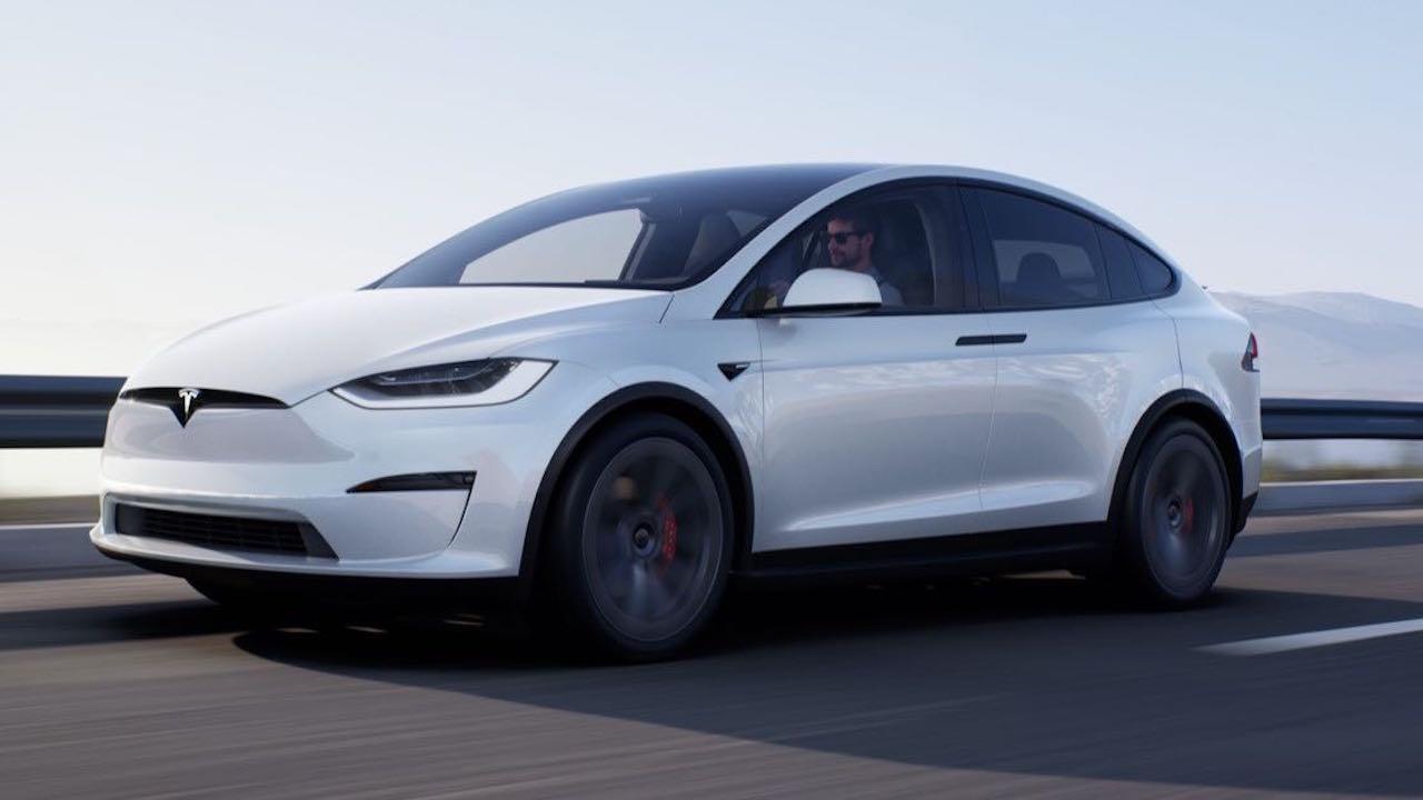 Tesla Model X 2021 dinamica – 1