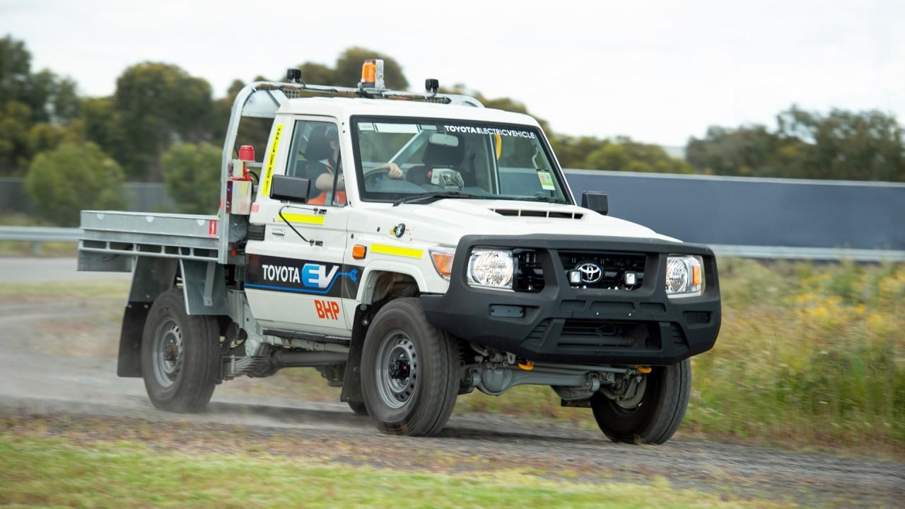 Toyota Land Cruiser 70 Electrico Prototipo (1)