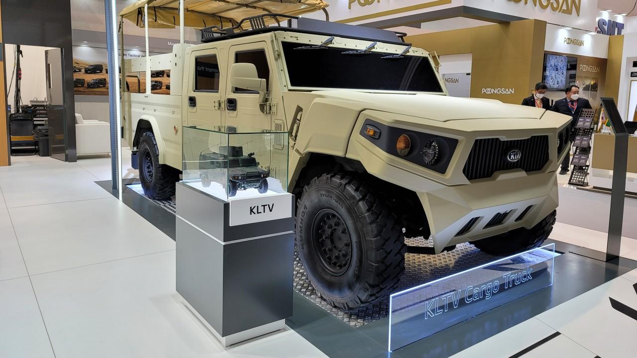 Kia KLTV Cargo Truck Concept IDEX 2021 Camion Militar (2)