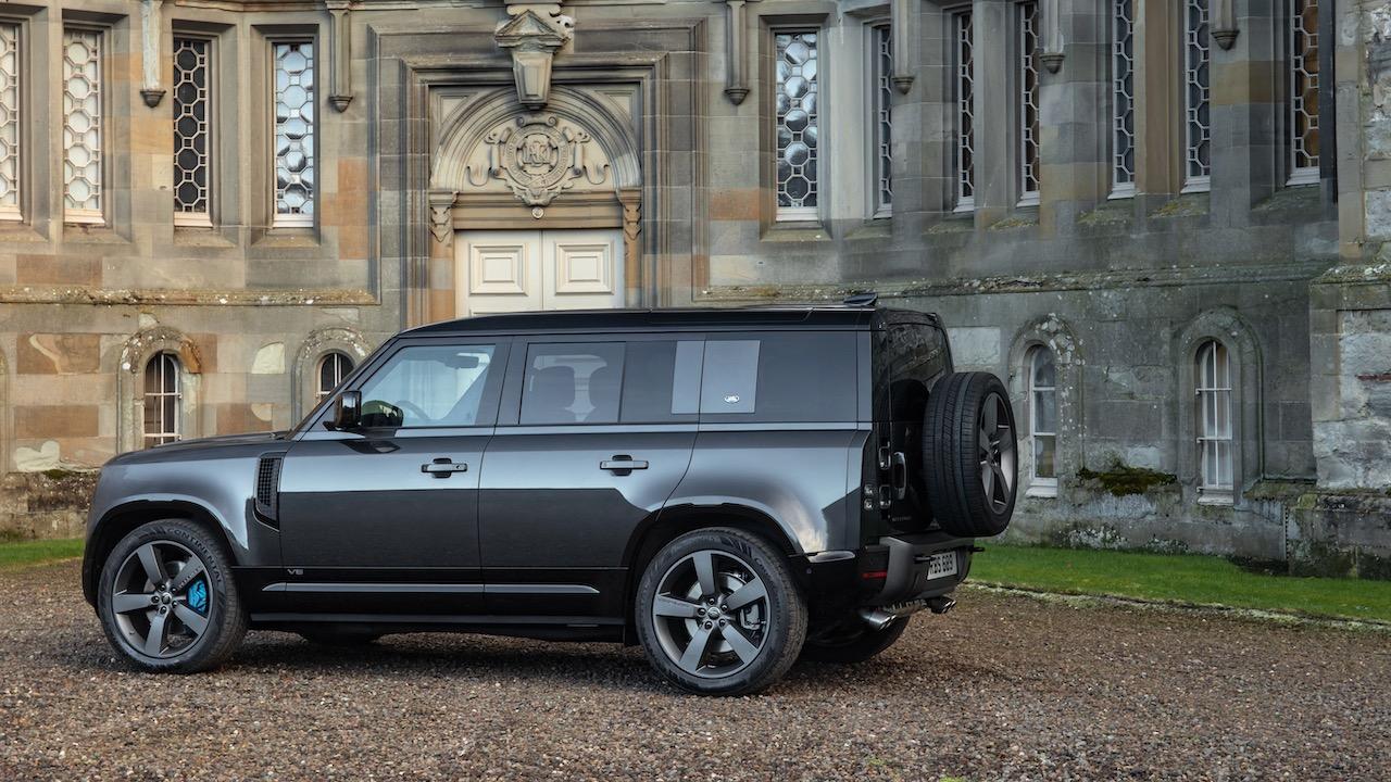 Land Rover Defender V8 2021: el tope de gama llega con 525 CV