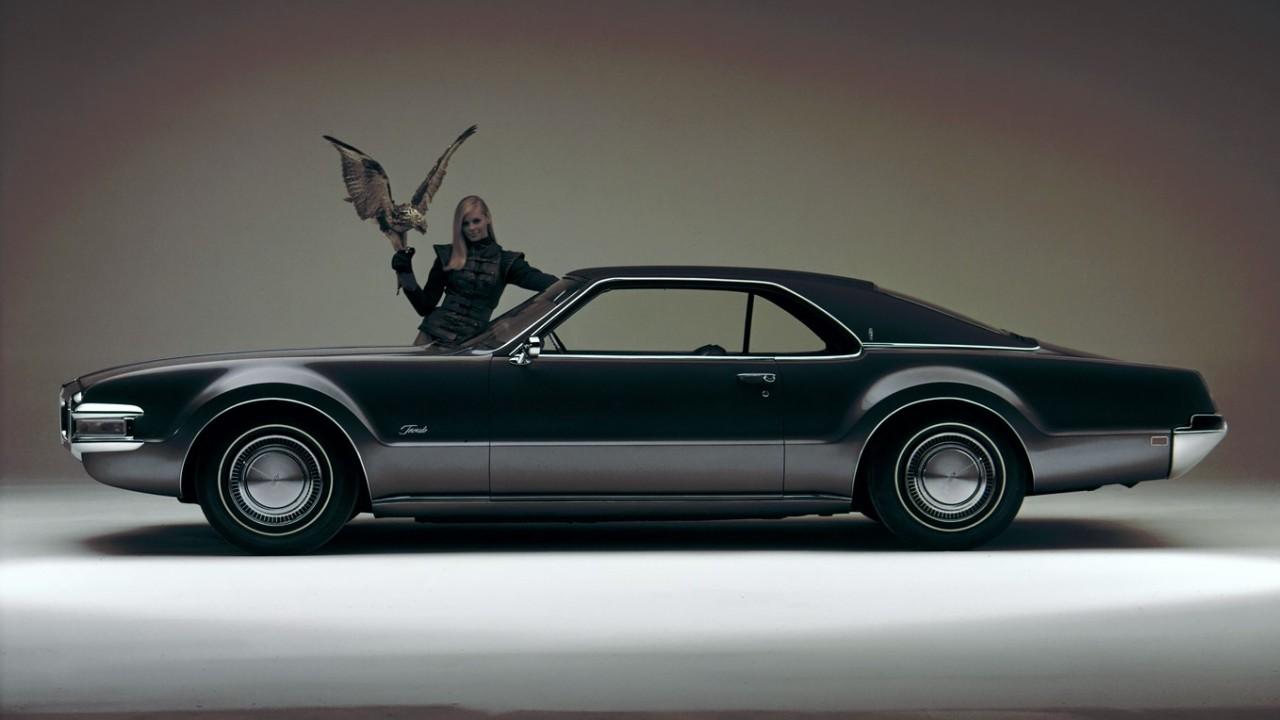 1968 Oldsmobile Toronado (2)