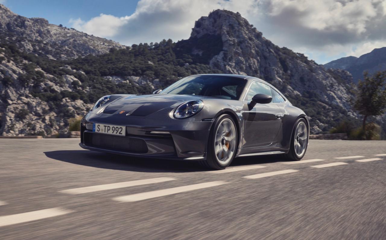 Porsche 911 GT3 Touring 992 – 10