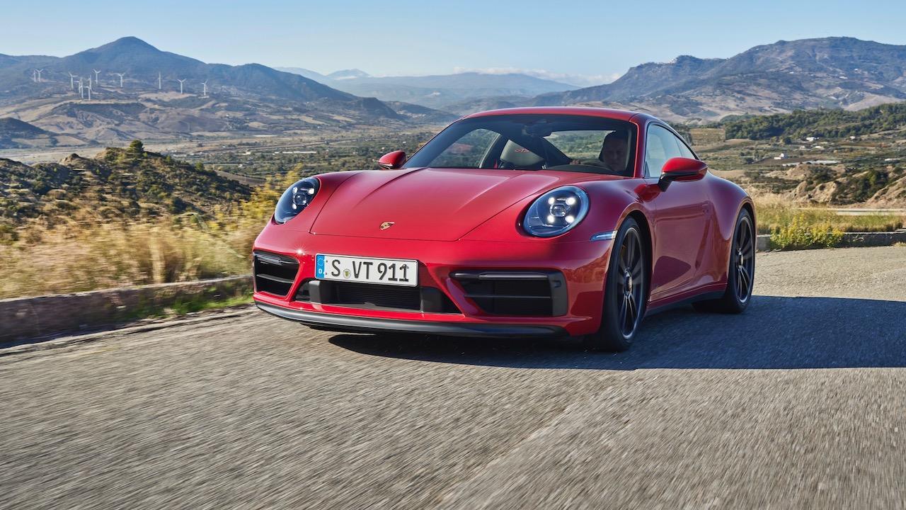 Porsche 911 GTS 992 – 3