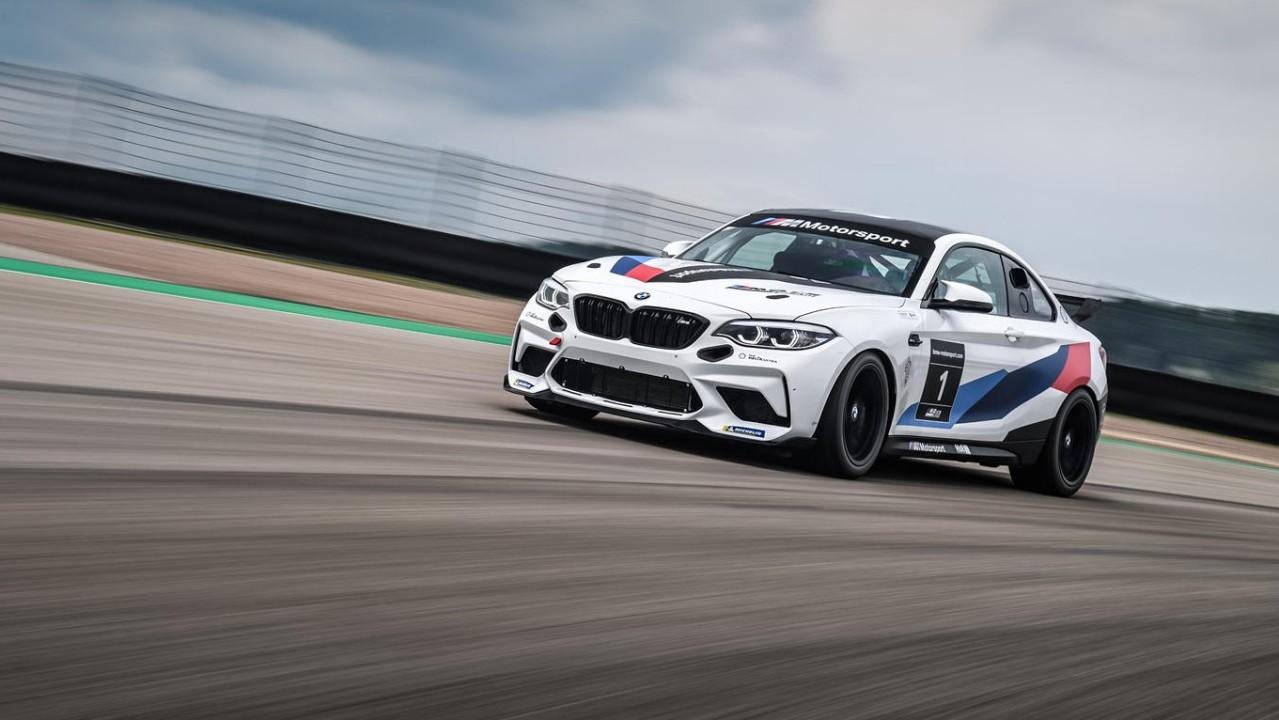 BMW M2 CS Racing 2021 (1)