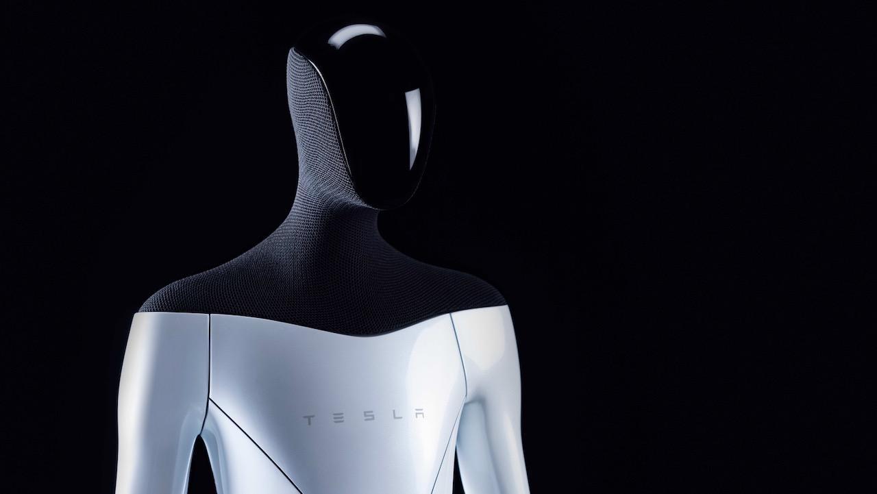 Tesla Bot – 3