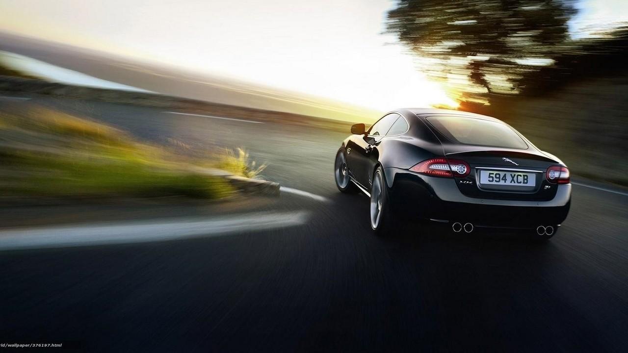 Carretera con curvas Jaguar XK