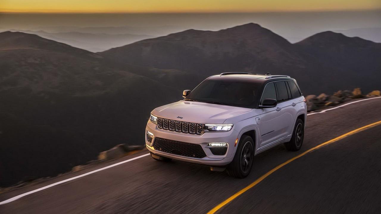 Jeep Grand Cherokee 2022 (11)