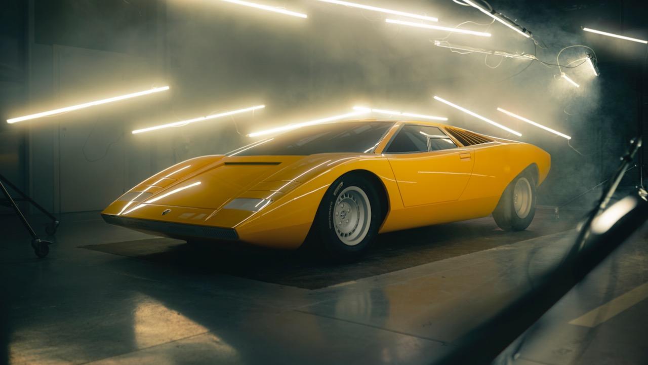 Lamborghini Countach LP500 reconstruccion – 2